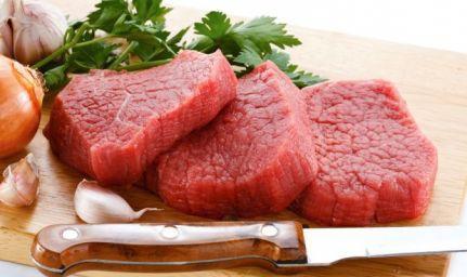 Mangiare troppa carne aumenta il rischio di cancro del 400%