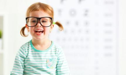 Con la pandemia aumentati i casi di miopia tra i bambini