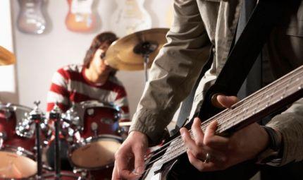 Orecchie a dura prova per chi fa musica