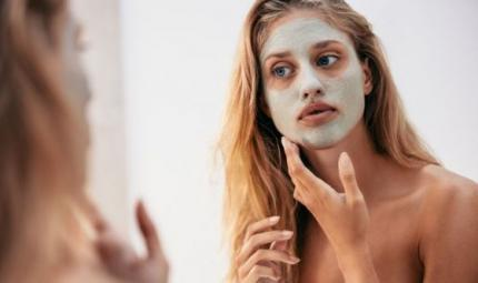 Maschere purificanti: pulizia e trattamento due-in-uno