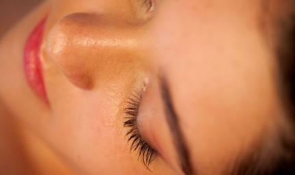 Maschere in tessuto: pelle nuova in 10 minuti