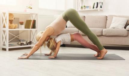Yoga a casa coi bambini, tutto ciò che serve