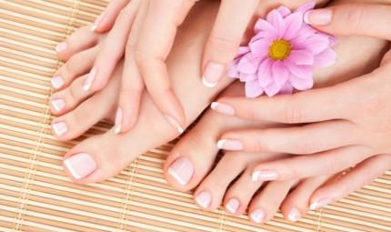 Anche i piedi hanno il loro beauty case