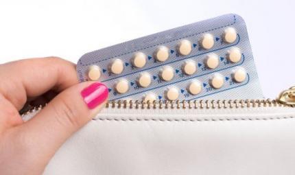Tumore ovarico, i benefici della pillola