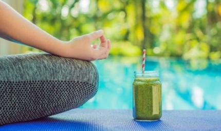 Cosa mangiare prima e dopo lo yoga