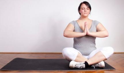 Il Fat Yoga, la pratica per obesità e sovrappeso