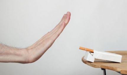 Ranocchia: il fumo è un vizio stupido