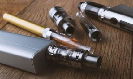 Le sigarette elettroniche aiutano a smettere di fumare