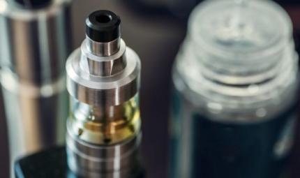 Lesione polmonare associata a E-cigarette o prodotti svapo