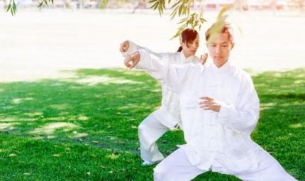 Yoga e Tai Chi: quale scegliere?