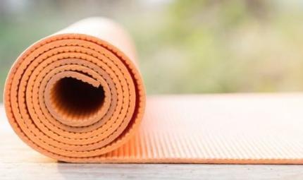 Quanto è sporco il vostro tappetino da yoga?