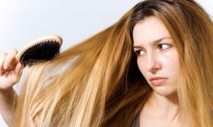 Tre trattamenti speciali per capelli secchi