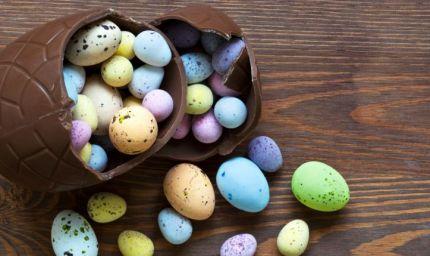 Uova di cioccolato e non, colombe, agnello...