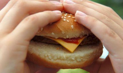 Via libera ai Cheeseburger nella dieta