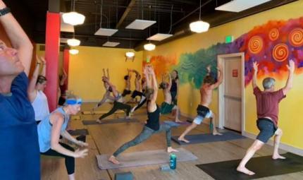 Fight Club, i corsi yoga per il potere maschile