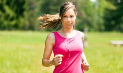 Completare gli sport con lo yoga