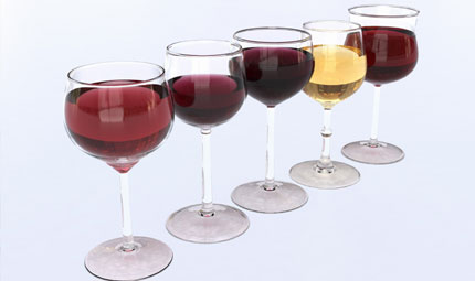 Alcol: bevono 7 italiani su 10
