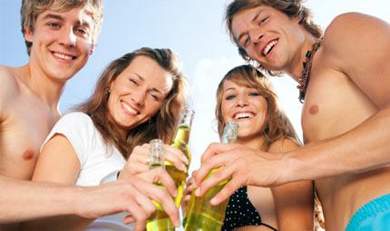 Ragazzi ed estate alcolica