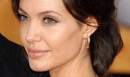 Angelina a dieta ... ingrassante