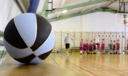 Bimbi: troppo sport nuoce alle ossa