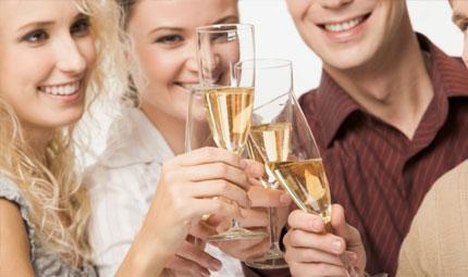 Alcol: italiani promossi