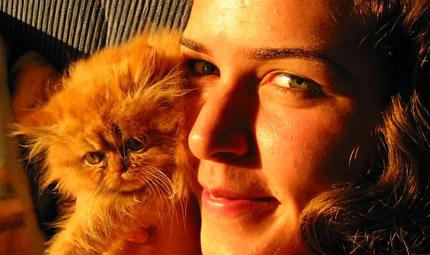 La donna e il gatto: binomio perfetto
