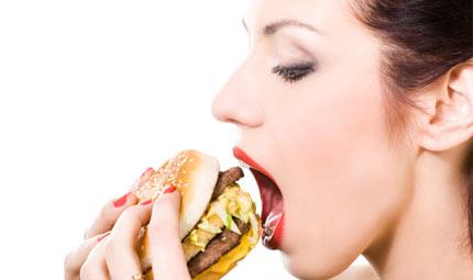 Troppo fast food? Rischio depressione