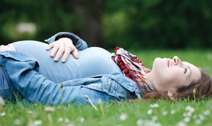 Gravidanza: 4 regole per mangiare bene