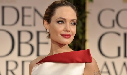 Angelina vuole togliere anche le ovaie