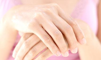 Programma anti-age per le mani