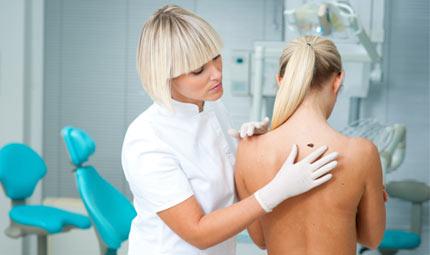 Pelle: prevenzione e diagnosi precoce