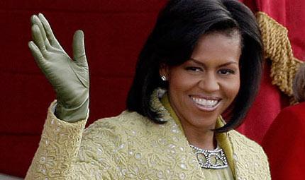 Michelle Obama in campo contro l'obesità