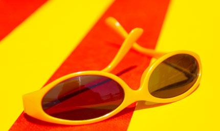 Bimbi: occhio agli occhi d'estate