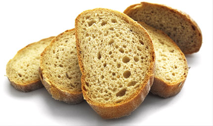 Buttare il pane: non solo un problema etico