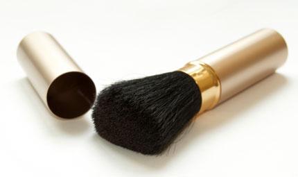 Make up: si comincia dai pennelli