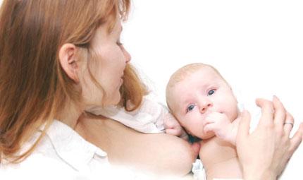 Mamma influenzata può allattare?