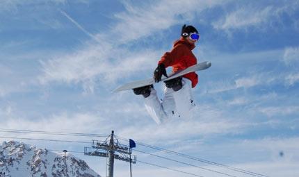 Con lo skiboarding cambia il modo di andare a sciare